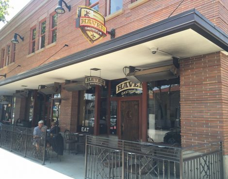 Bring Pizzazz to your Patio Season in Old Towne Orange